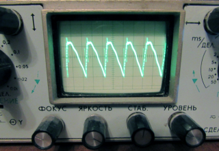 Пульсации на экране осциллографа