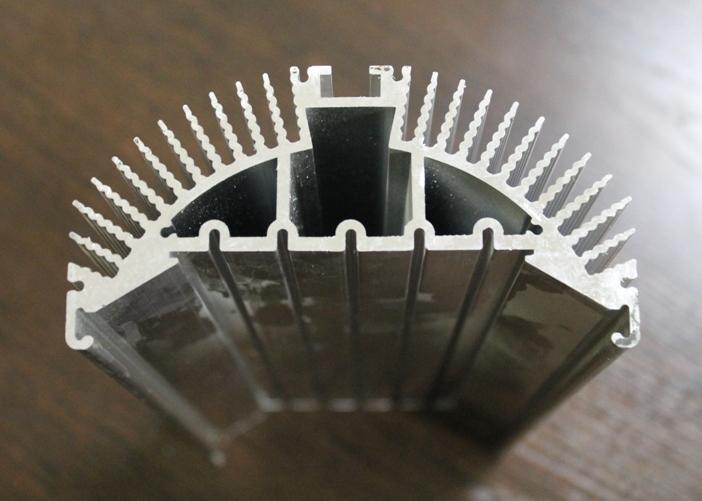 Радиаторный профиль для светодиодов