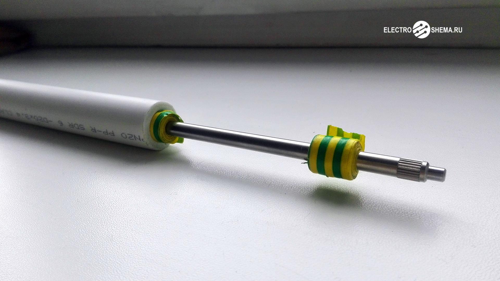 ПП-труба, надетая на вал от принтера